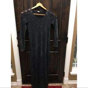 Dresses & Skirts - Gimmicks by BKE Beautiful long Black LACE Dress